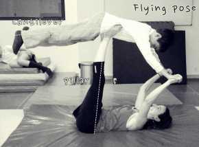Flying pose B:W